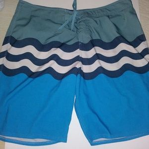 O'Neill boardshorts. Men's Size 38.